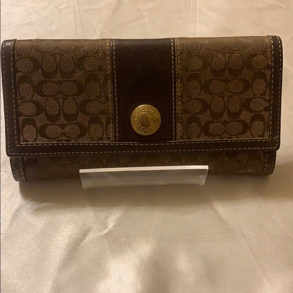 Coach Handbags - Coach wallet (used)